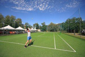 Camping Isolino - sporten tennis